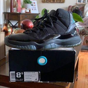 2011 Air Jordan 11's (Gammas)